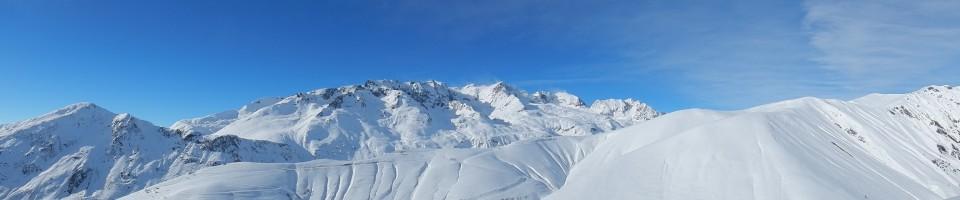 panoramique sur la tête de la quarlie et le massif des grandes Rousses