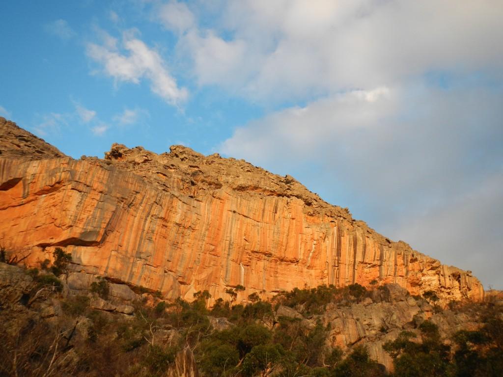 couleurs du soir sur le Taipan Wall, Grampians, Australie